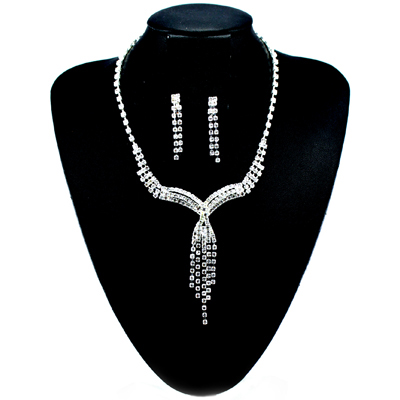 Diamante Crystal V Shaped Shower Necklace & Clip On Drop Earrings Set
